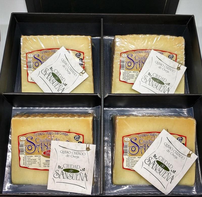02-jamonypunto-caja-regalo-surtido-quesos-ciudaddesansueña-pequeña